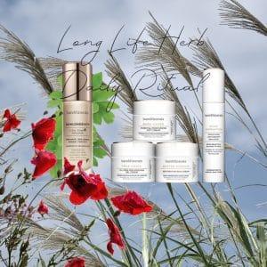 © bareMinerals SKINSORIALS - natürliche Detox-Wirkung dank Superfood Long Life Grass