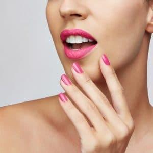 © NAILS INC. London - Luxus-Nagelpflege und farbstarke Lackdesigns fürs schnelle Home-Styling