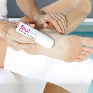 © Footner Vital-Kick - kühlender Roll-on-Muntermacher für geplagte Füße