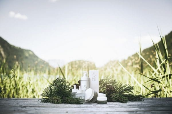 © Balance Alpine 1000+ – spagyrische Naturkeilkunde und zeitgemäße Wissenschaft in ganzheitlichen Wellnesssprodukten