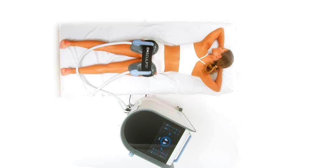 © BTL Medical Technologies Gerätecenter Emsculpt NEO mit Handstücken